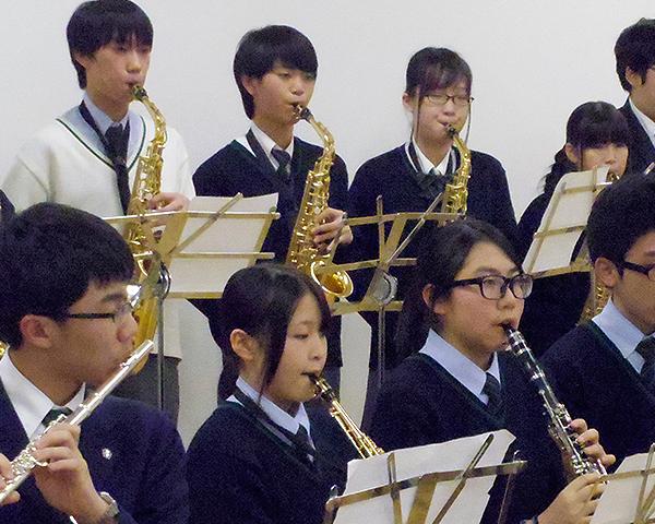 上野学園中高のひとり一つの楽器