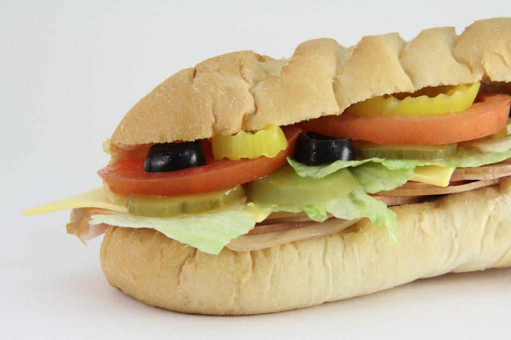 文章の基本は、1段落1メッセージ&「結論」でサンドイッチ