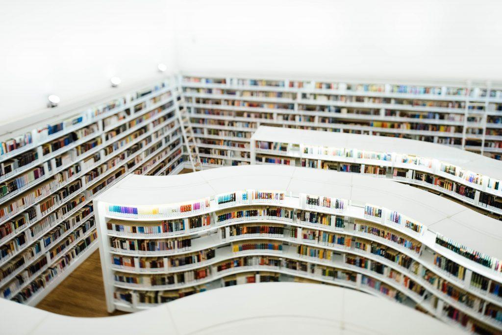 読書感想文で最良の本に出会うための本の探し方