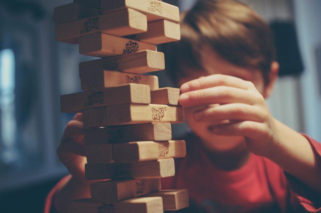 「勉強なんて意味ない」と反論する子どもを自ら勉強させる親の正しい対応