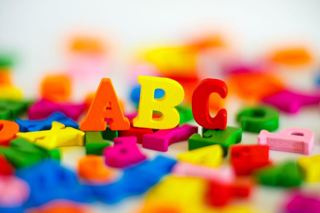 現役英語講師が教える英検5級合格へのリスニング学習法