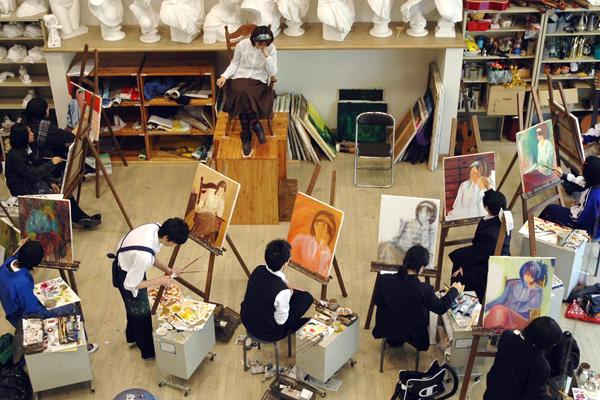 絵画の授業風景