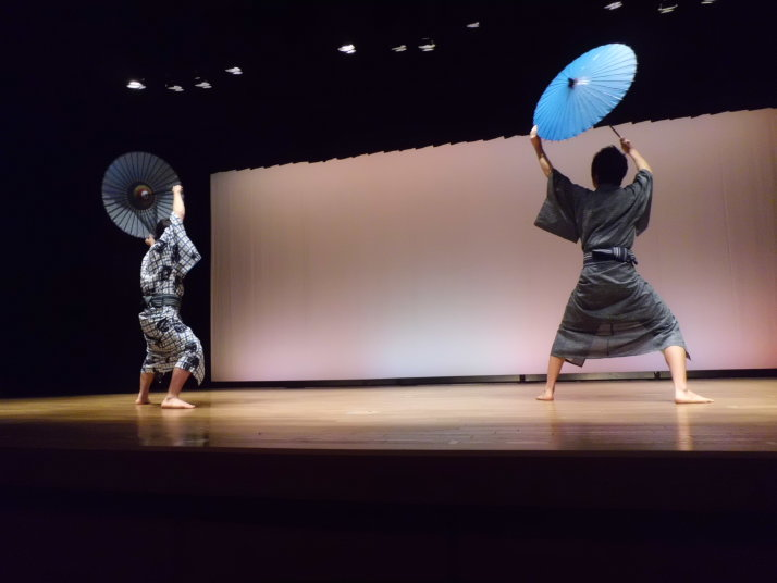 日本舞踊の授業